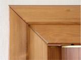 Dřevěné shrnovací dveře - detail zárubně