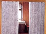 Koženkové shrnovací dveře v interiéru